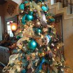 Ideas de decoracion para navidad en verde azulado con cobre (13)