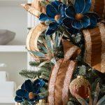 Ideas de decoracion para navidad en verde azulado con cobre (8)