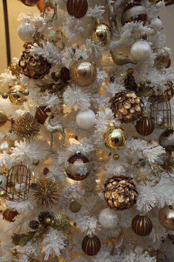 Paso a paso para decorar el árbol de navidad