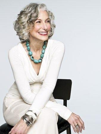 cortes de cabello corto para mujeres de 60 (3)