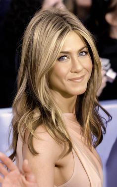 cortes de cabello largo para mujeres de 40 (4)