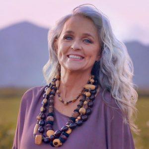 cortes de cabello largo para mujeres de 60 (2)