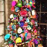 10 Arboles Navideños con Decoración Mexicana (5)