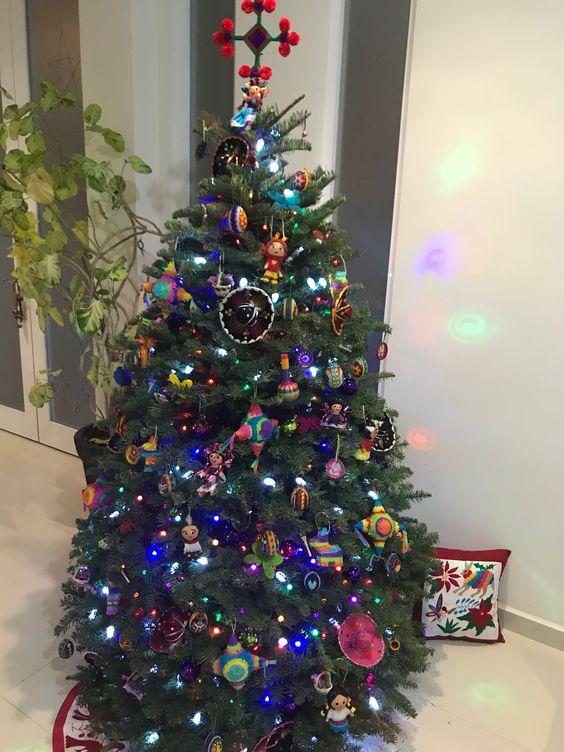 Árbol de Navidad con Sombreros de Charro (3)