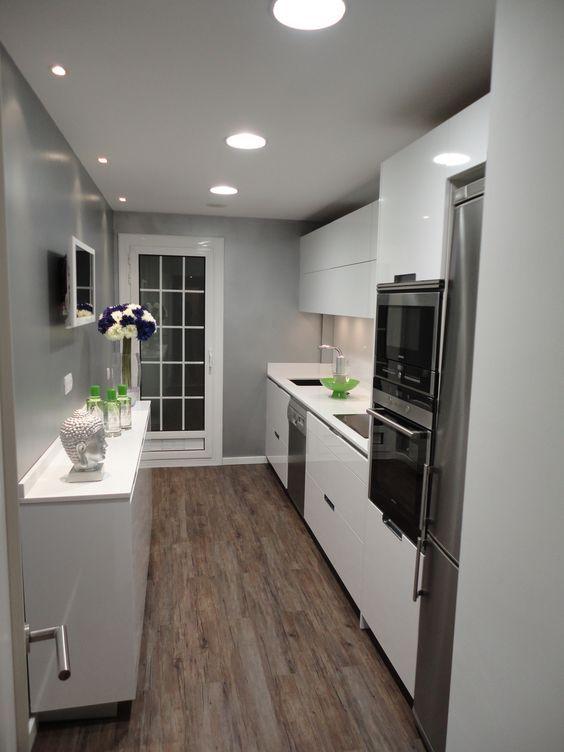 Decoracion de cocinas modernas 2018 de 160 fotos e - Diseno de habitaciones pequenas ...