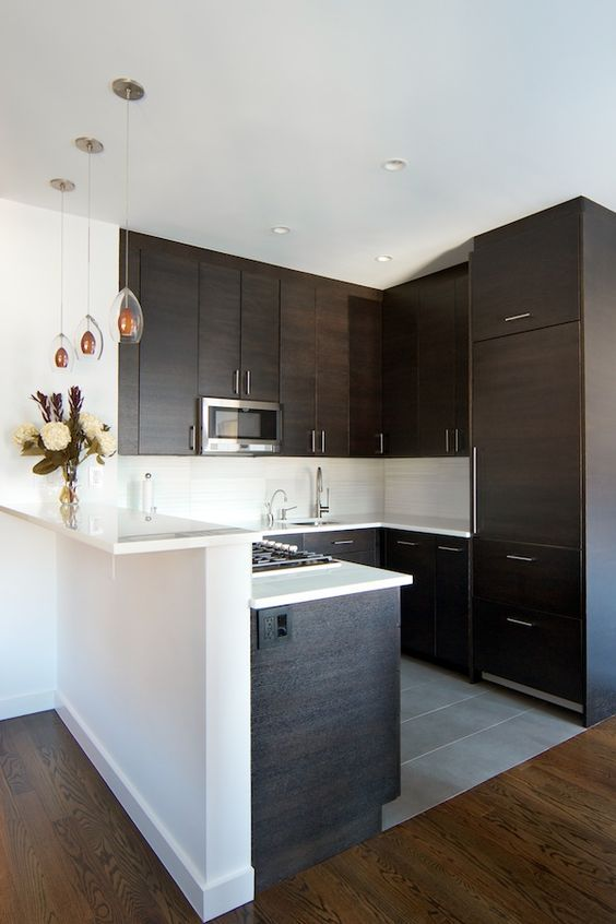 Decoracion de cocinas modernas 2018 de 160 fotos e for Como decorar una cocina pequena