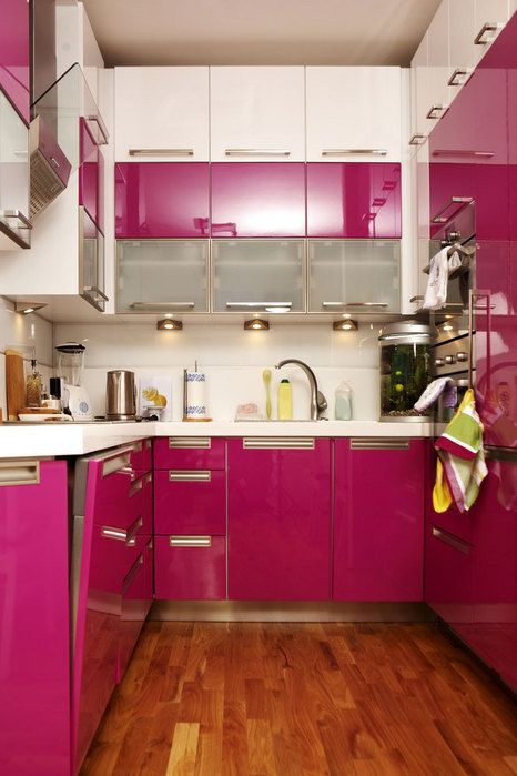 Decoracion de cocinas en color rosa (2)