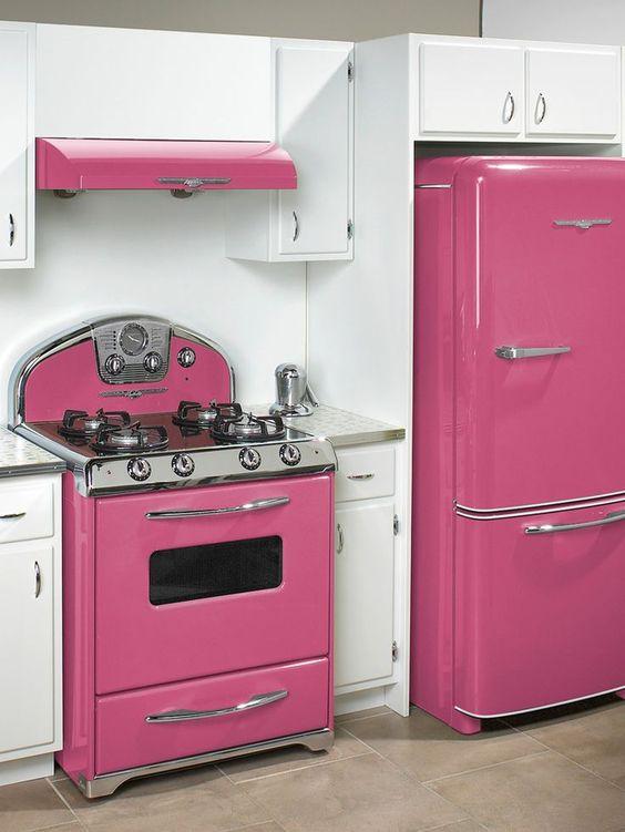 Decoracion de cocinas en color rosa (4)