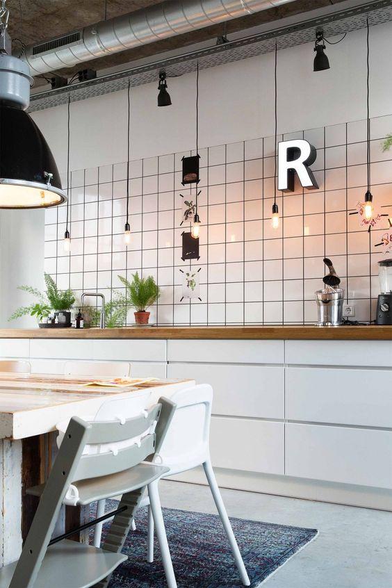 Decoracion de cocinas modernas 2018 de 160 fotos e for Decoracion cocinas estilo industrial
