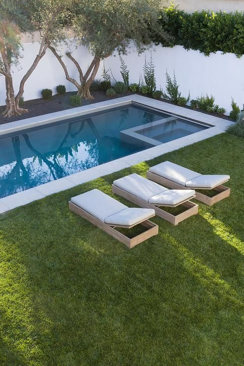Disenos de jardines con piscinas 2 decoracion de for Disenos de piscinas para casas pequenas