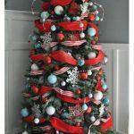 Formas de decorar tu arbol de navidad con liston (15)