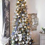 Formas de decorar tu arbol de navidad con liston (18)