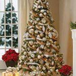 Formas de decorar tu arbol de navidad con liston (5)