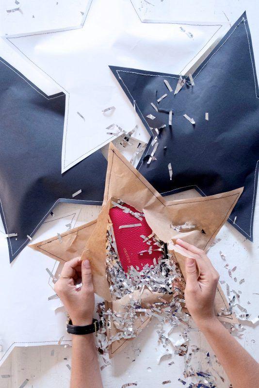 Envolturas navideñas en forma de estrellas