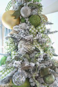 Mas de 150 fotos de decoracion para arboles de navidad modernos (134)