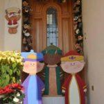 como decorar la puerta para el dia de reyes