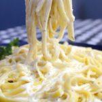 como preparar pasta fetuccine alfredo para el invierno (2)
