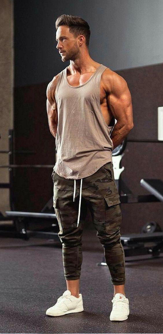 los mejores oufit para el gym en hombres (7)