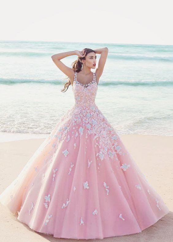 Imagenes de vestidos de 15 años rosados