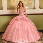 Tendencias de vestidos para quince anos (1)