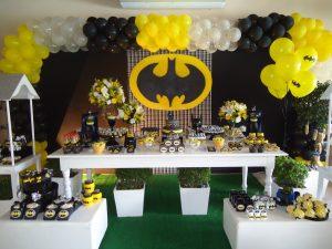 arco de globos para fiesta de batman