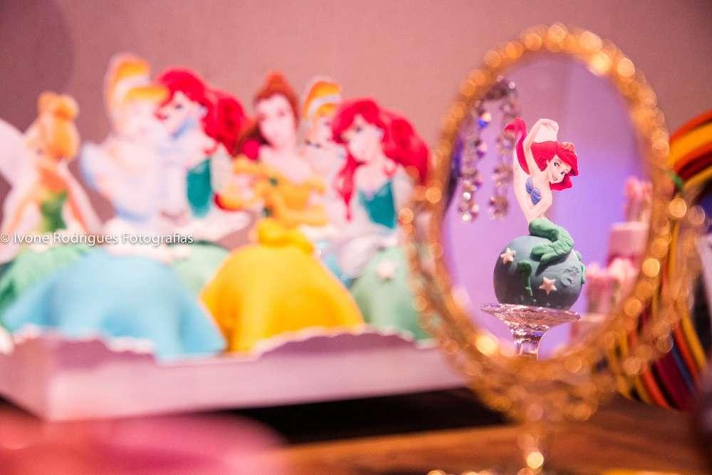 bocadillos mesa de postres de princesas (3)