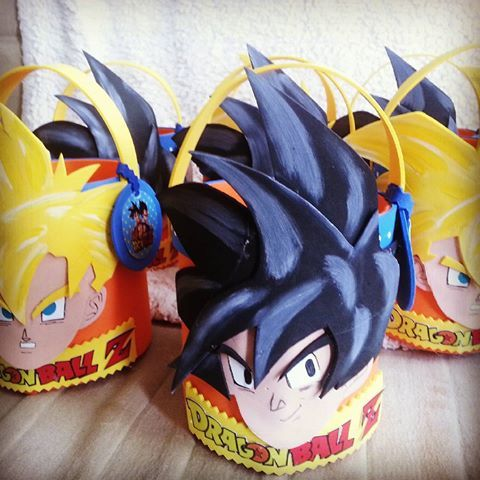 bolos para dulces para fiesta de goku (3)