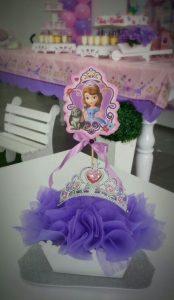 centro de mesa economico para fiesta de princesita sofia