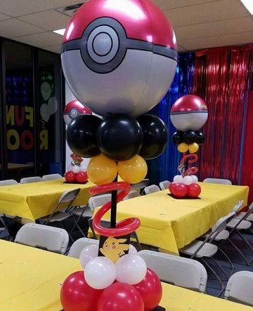 centro de mesa sencillo para fiesta de pokemon go