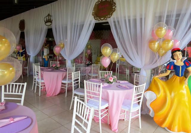Fiestas infantiles de princesas para ste 2018 con las for Centros de mesa para casa