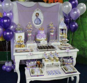 como decorar una fiesta de princesa sofia