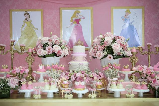 como decorar una mesa de dulces tema princesas disney (2)