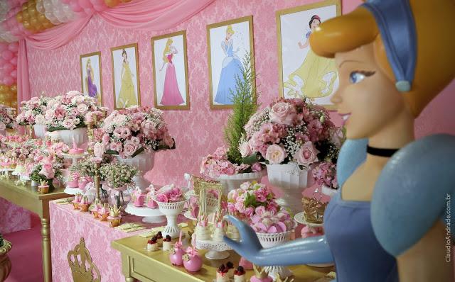 como decorar una mesa de dulces tema princesas disney