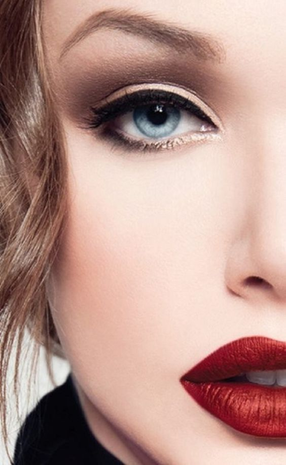 como hacer una rutina basica de maquillaje (3)