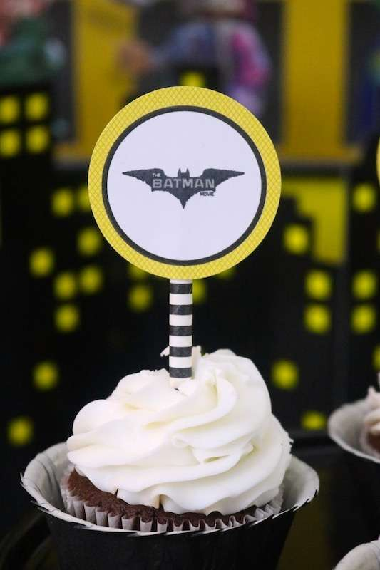 cup cake o bollitos de batman (3)