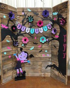 decoracion de fiesta de vampirina