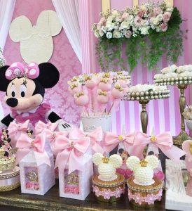 decoracion fiesta de minnie mouse rosa