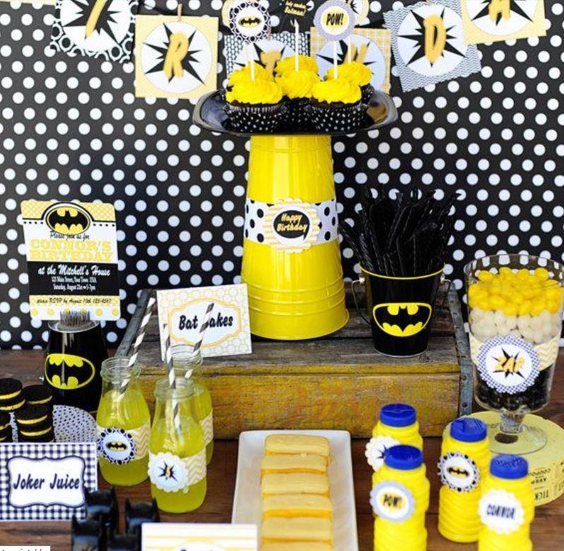 detalles para una mesa de dulces con tema de batman (4)