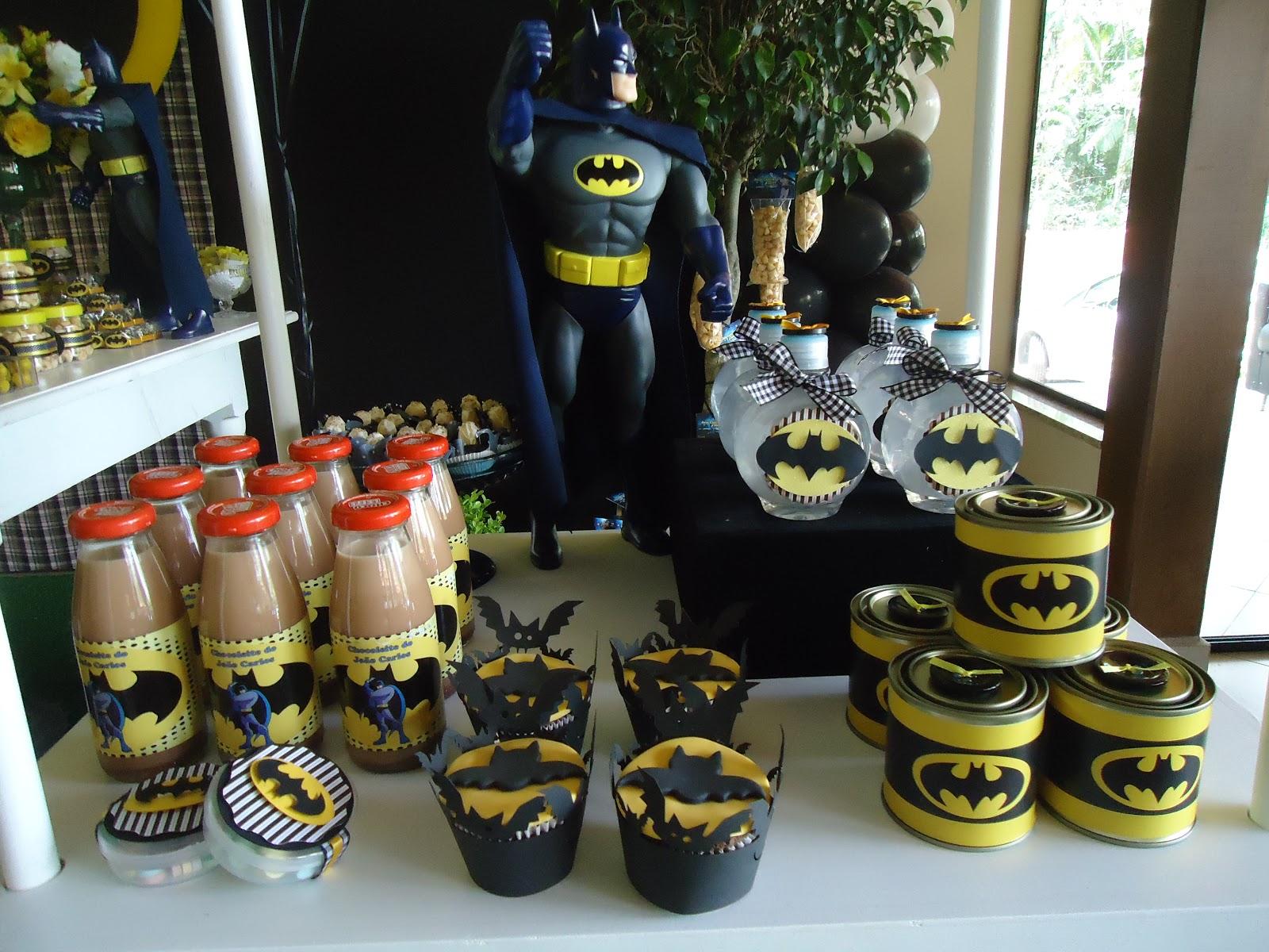 detalles para una mesa de dulces con tema de batman (5)