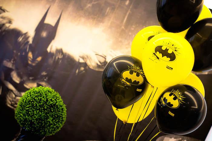 detalles para una mesa de dulces con tema de batman (9)