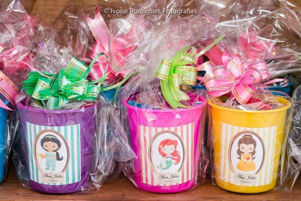 Dulceros economicos para fiesta de nina tema princesas for Vinilos infantiles con nombre baratos