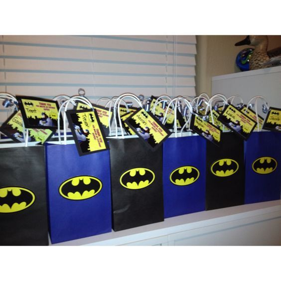 dulceros para una fiesta de batman (2)