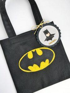 dulceros para una fiesta de batman (4)