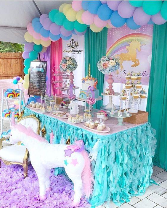 Fiestas infantiles de unicornios con las mejores ideas for Ideas para cortinas infantiles