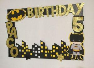 marco de fotos decorado con batman (2)