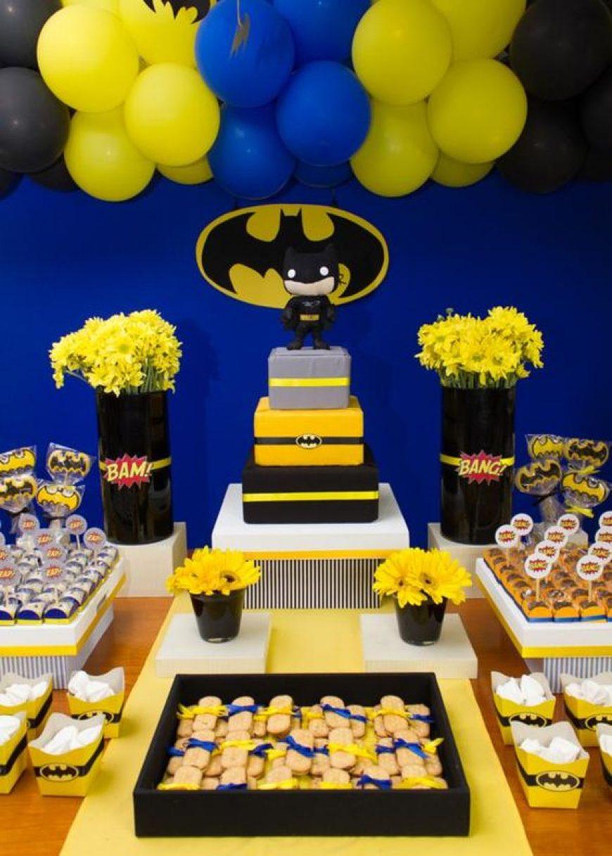 mesa de dulces para fiesta de batman