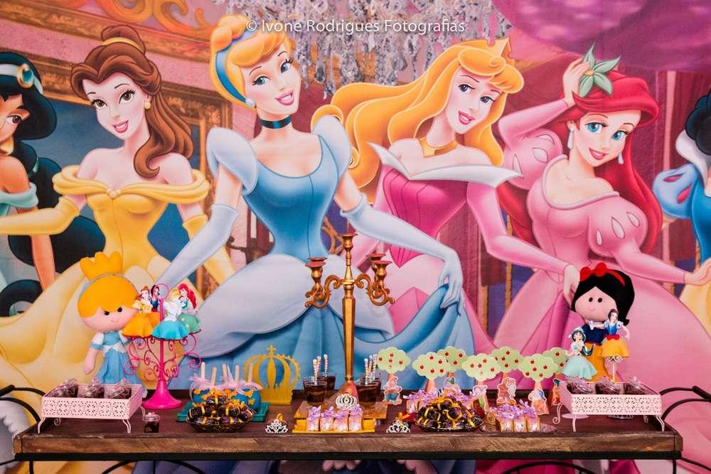mesa de postres para fiesta infatil de princesas (4)