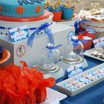 mesa de postres para una fiesta de goku (3)