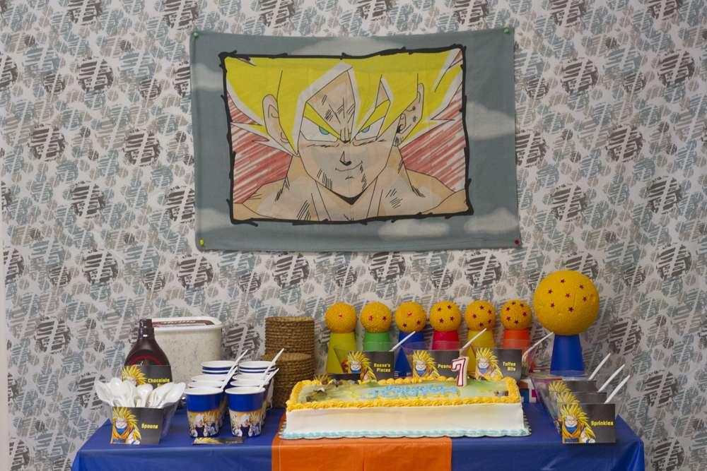 mesa de postres para una fiesta de goku (5)
