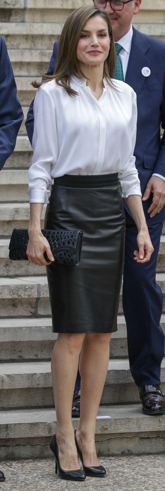 718931fc6 Moda para Mujeres de 40 2019 - 2020 con outfit